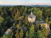 Národní geopark Broumovsko, Javoří hory, Hvězda - kaple Panny Marie Sněžné - Jívka u Adršpachu