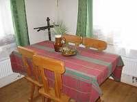 obývací pokoj - sezení - pronájem chalupy Rýdrovice