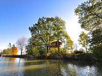 Chata k pronájmu - dovolená  Dvorecký rybník rekreace Ostružno