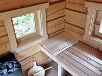 Finská sauna pro ohřátí při chladných zimních večerech - pronájem chalupy Česká Metuje