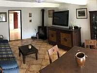obývací pokoj - pronájem chalupy Vítějeves