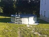 Velký venkovní bazén - Karle