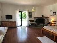Ložnice s letištěm, dvěmi postelemi a krbem - Vyžice - Slavkovice