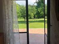 Terasové dveře s výhledem na zahradu - Vyžice - Slavkovice