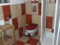 WC a SPRCHA AP 4 - Chlívce