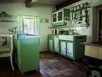 Část kuchyně - chalupa k pronájmu Stárkov - Bystré