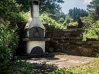 Venkovní gril - chalupa ubytování Stárkov - Bystré