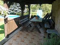 Venkovní terasa - chalupa k pronájmu Stárkov - Bystré