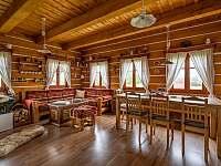 Obývací prostor - chalupa k pronajmutí Velké Petrovice