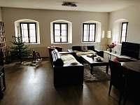 obývací pokoj - pronájem chalupy Vernéřovice