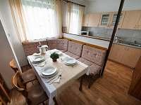 Kuchyň a jídelna - chata k pronájmu Třemošnice - Starý Dvůr