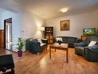 Obývací místnost - chata ubytování Třemošnice - Starý Dvůr