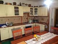 Společenská místnost - kuchyň