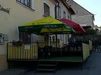 Penzion a restaurace Lovecký zámeček