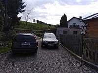 Parkování - apartmán ubytování Hronov - Velký Dřevíč