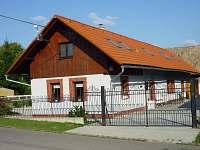 Chalupa k pronájmu - okolí Kvasin