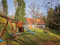 dětké hřiště - chalupa k pronájmu Vysoká Srbská - Závrchy