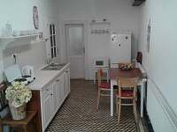 kuchyň s jídelnou - apartmán k pronájmu Luže