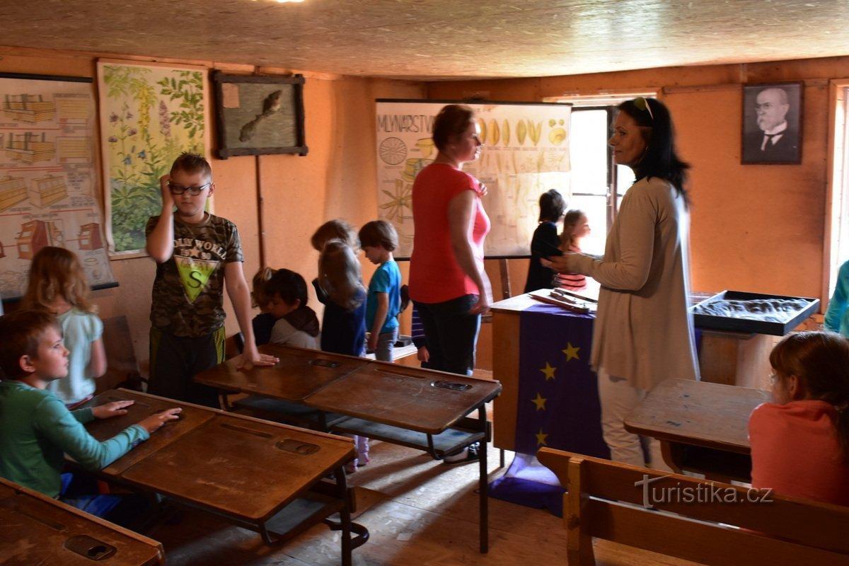 Muzeum výuky minulého století v Orlickém Záhoří