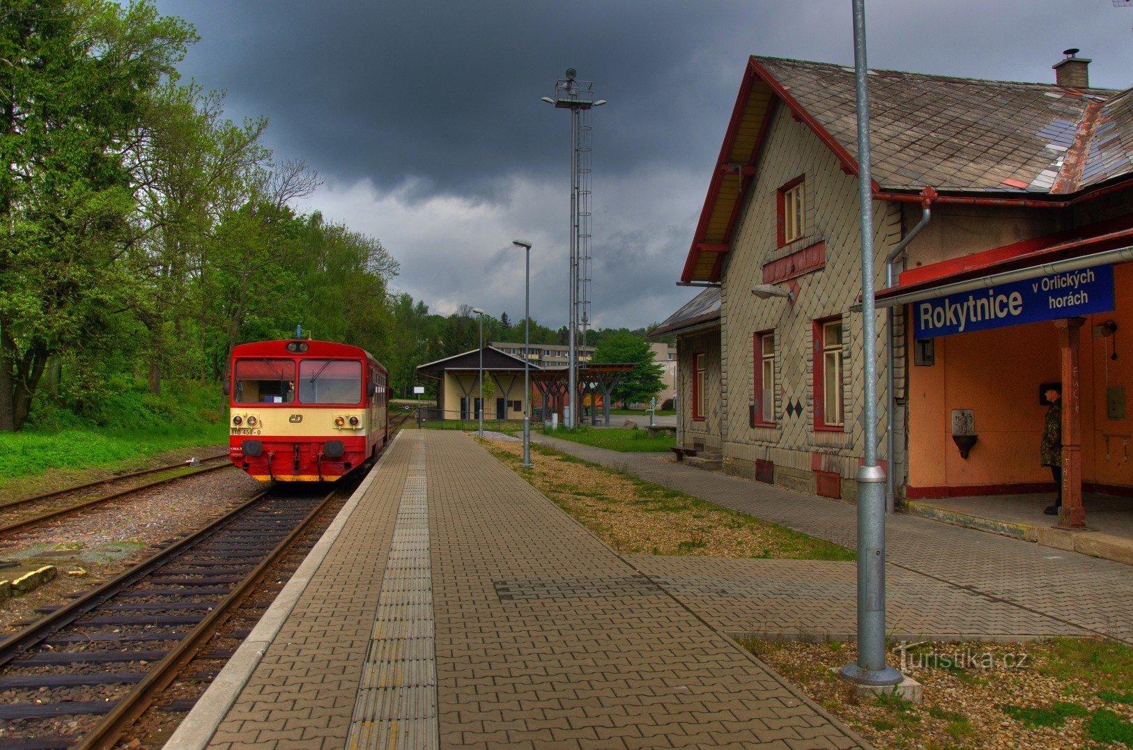 Rokytnice v Orlických horách - železniční stanice