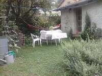 Zahrada - chalupa k pronájmu Branišov
