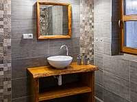 koupelna v přízemí - Kameničky