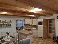 Kuchyň. - pronájem chaty Skála u Havlíčkova Brodu
