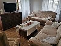 Velký apartmán - obývací pokoj - k pronájmu Vříšť