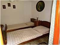 ložnice - chalupa k pronajmutí Obrataň - Bezděčín