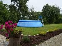 bazén - ubytování Mirošov