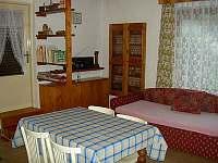 Kuchyň - pronájem chalupy Svépravice