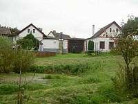 Zahrada - chalupa ubytování Svépravice