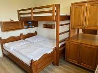 Ložnice vhodnu pro děti - apartmán k pronajmutí Sněžné - Blatiny