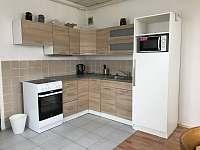 Kuchyň - chalupa k pronajmutí Krucemburk