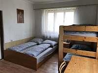Ložnice 2 - chalupa k pronájmu Krucemburk