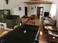 Obývací místnost - chalupa k pronájmu Prosetín u Bystřice nad Perštejnem