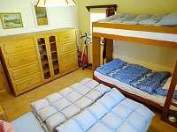 ložnice1 - pronájem chalupy Sádek u Poličky