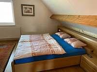 první ložnice - pronájem chalupy Seč - Proseč