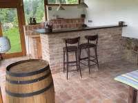 Venkovní letní kuchyň - chalupa k pronajmutí Kameničky