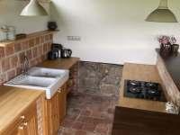 Venkovní letní kuchyň - Kameničky