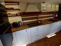 Kuchyně - roubenka ubytování Moravské Křižánky