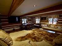 Obývací pokoj - pronájem roubenky Moravské Křižánky