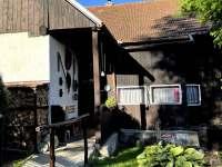 Vstup do roubenky - roubenka ubytování Česká Rybná