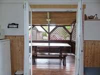 Pohled na terasu - chata 1 + chata 2 - Polesí u Počátek