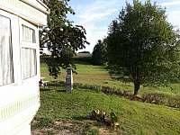 Zeleň a les na dosah - chata k pronajmutí Oudoleň