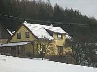 Chalupa Pivonice - pod sněhem - ubytování Pivonice u Bystřice nad Pernštejnem