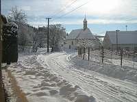 Kaplička v Pivonicích -