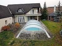 Krytý bazén - vila ubytování Chlum
