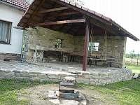 Krytá pergola - chata ubytování Boršov