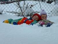 Dětské hrátky na zahradě
